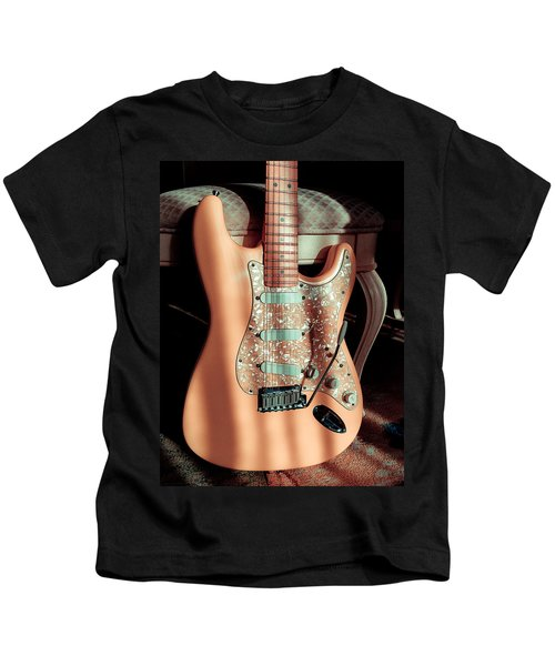 Stratocaster Plus In Shell Pink Kids T-Shirt