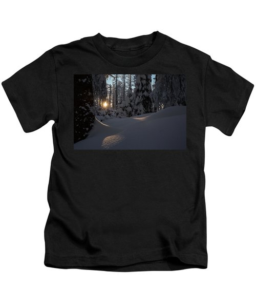 Sunburst In Winter Fairytale Forest Harz Kids T-Shirt