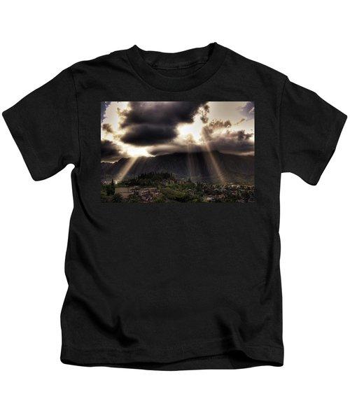 Sunlight Breaking Through The Gloom Kids T-Shirt