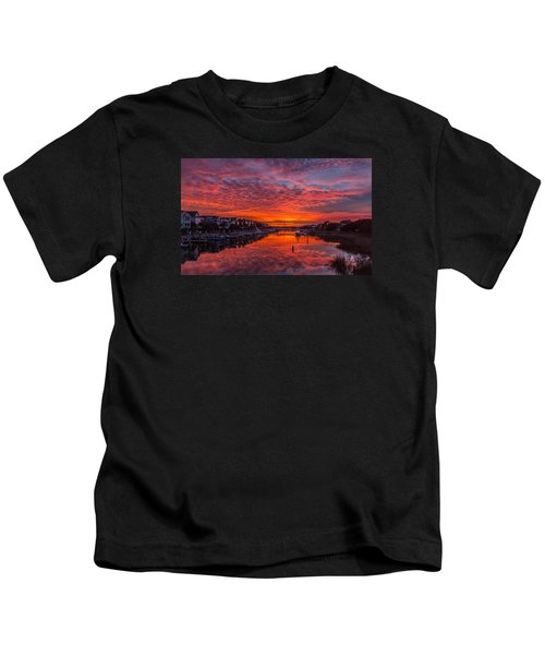 Sunlit Sky Over Morgan Creek -  Wild Dunes On The Isle Of Palms Kids T-Shirt