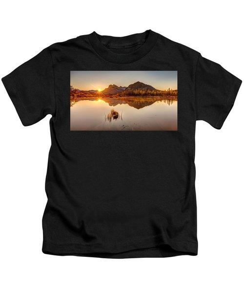 Sunrise At Banff's Vermilion Lakes  Kids T-Shirt