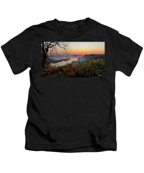 Sunrise At Homer, Mn Kids T-Shirt