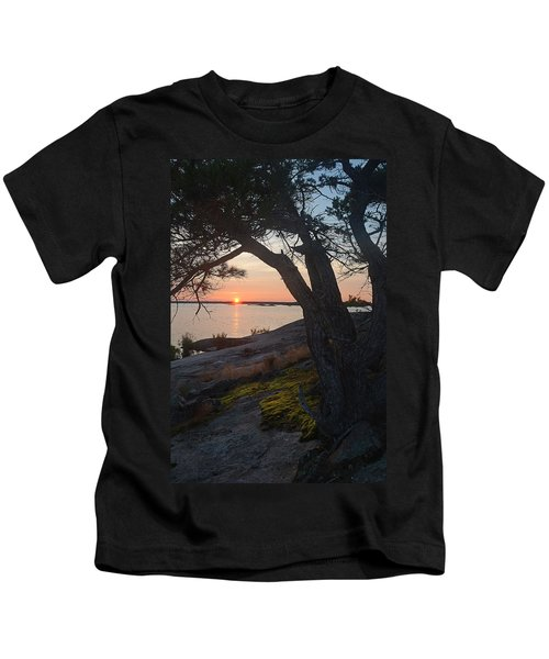 Sunrise Hopewell Island Kids T-Shirt