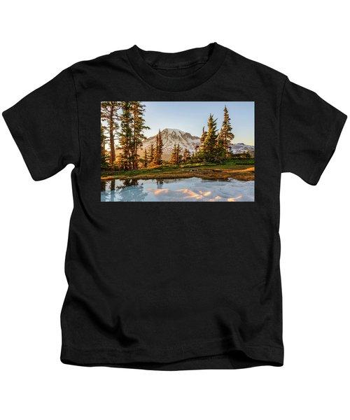 Sunset In The Pinnacle Saddle Kids T-Shirt