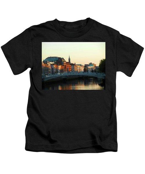 Sunset On The Ha'penny Kids T-Shirt
