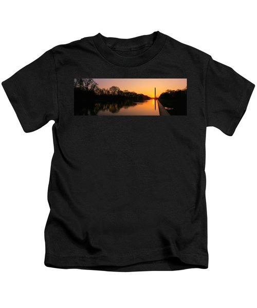 Sunset On The Washington Monument & Kids T-Shirt by Panoramic Images