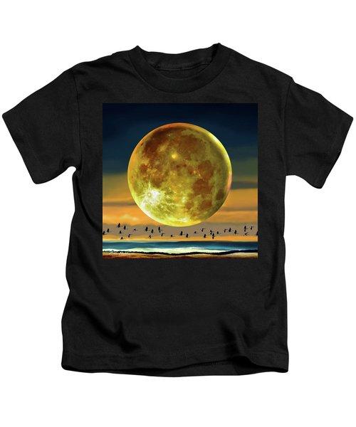 Super Moon Over November Kids T-Shirt