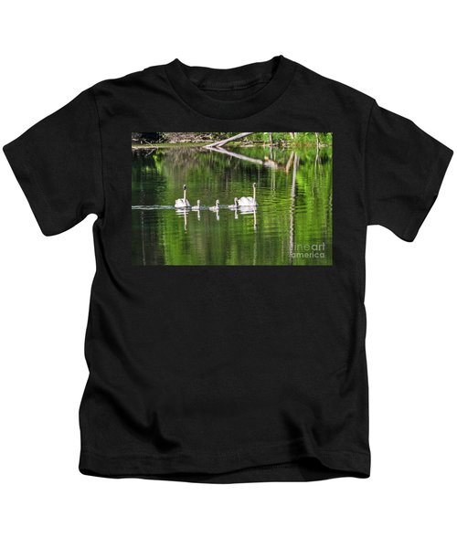 Swan Family With Triplets Kids T-Shirt
