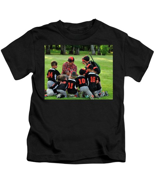 Team Meeting 9736 Kids T-Shirt