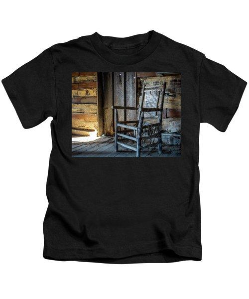 Thacker Cabin Chair Kids T-Shirt