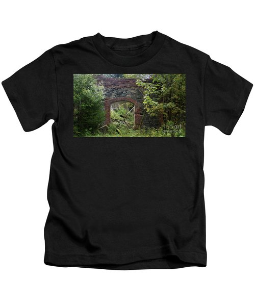 The Gate Into Nothingness Kids T-Shirt