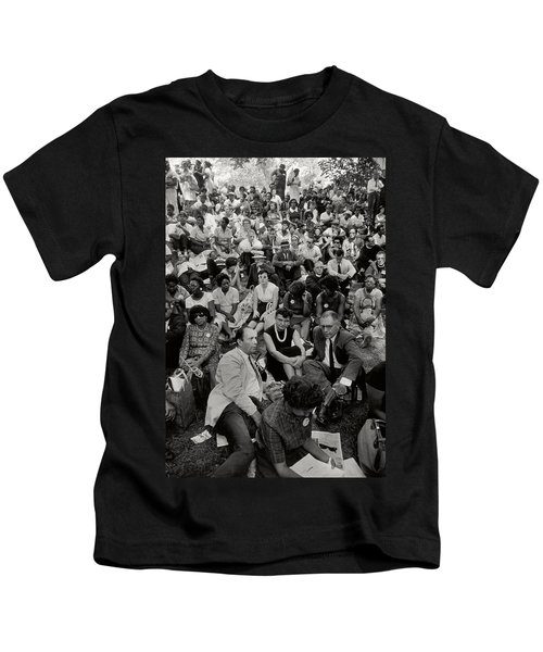 The March On Washington   A Crowd Of Seated Marchers Kids T-Shirt