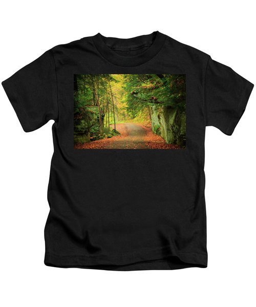 The Road To The Mill  Kids T-Shirt