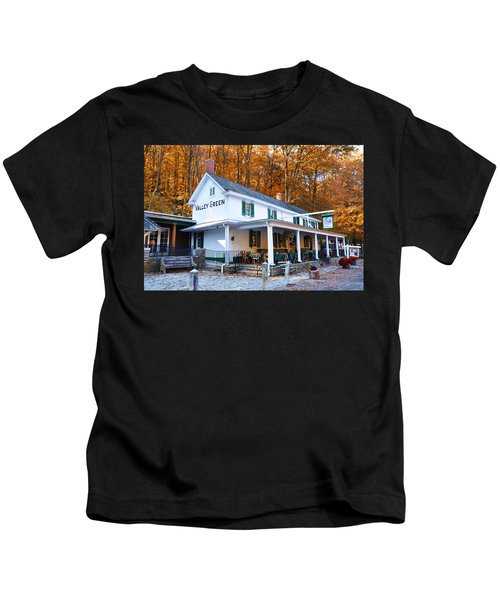 The Valley Green Inn In Autumn Kids T-Shirt