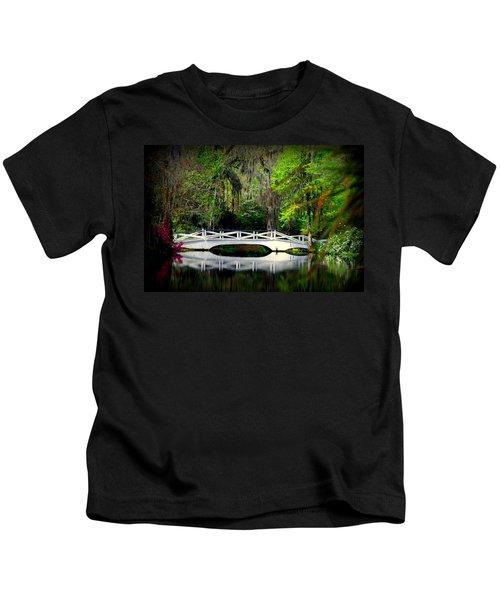 The White Bridge In Magnolia Gardens Sc Kids T-Shirt