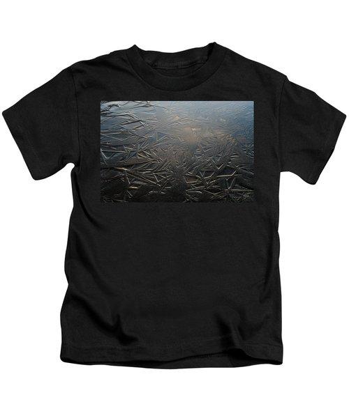 Thin Dusk    Kids T-Shirt