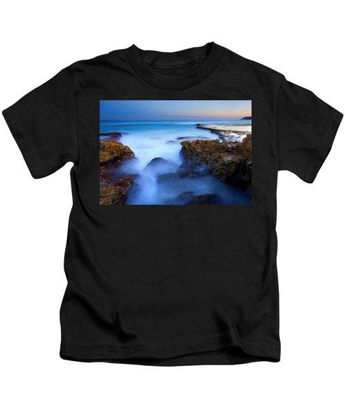 Tidal Bowl Boil Kids T-Shirt by Mike  Dawson