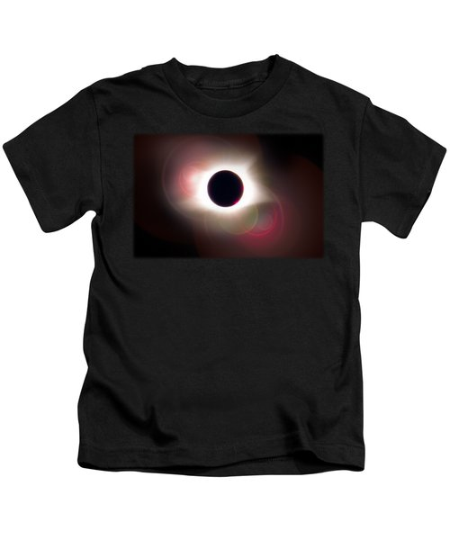 Total Eclipse Of The Sun T Shirt Art With Solar Flares Kids T-Shirt