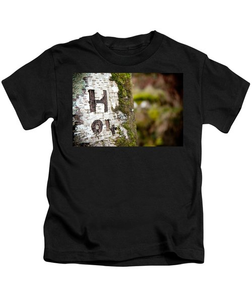 Tree Bark Graffiti - H 04 Kids T-Shirt