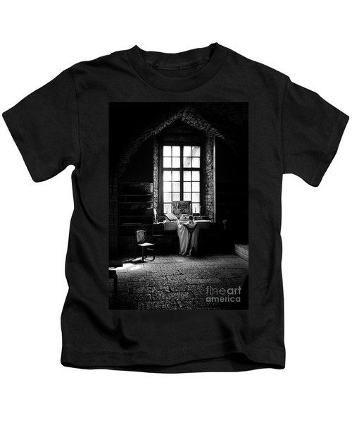 Tridentine Mass In An Ancient Chapel In The Old Dominican Monastery In Tallinn Kids T-Shirt