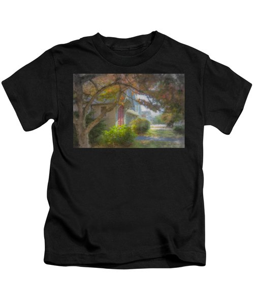 Trinity Episcopal Church, Bridgewater, Massachusetts Kids T-Shirt