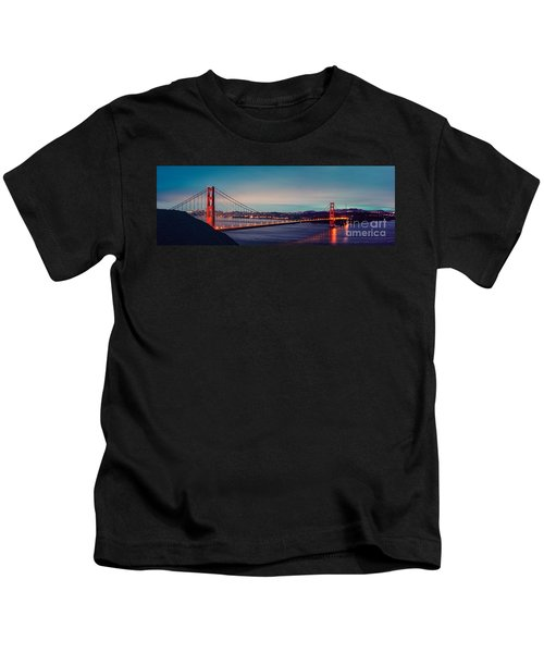 Twilight Panorama Of The Golden Gate Bridge From The Marin Headlands - San Francisco California Kids T-Shirt
