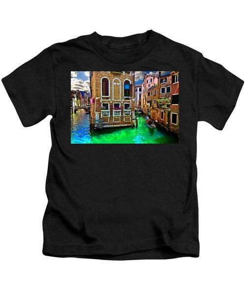Twin Canals Kids T-Shirt