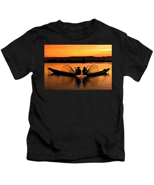 Two Fisherman At Sunset Kids T-Shirt