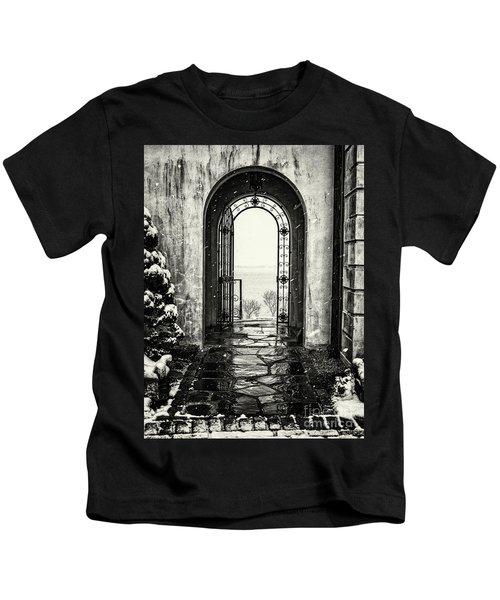 Vanderbilt Doorway In Centerport Kids T-Shirt