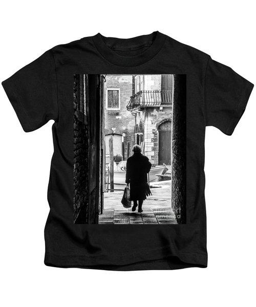 Venetian Silhoutte Lady Kids T-Shirt