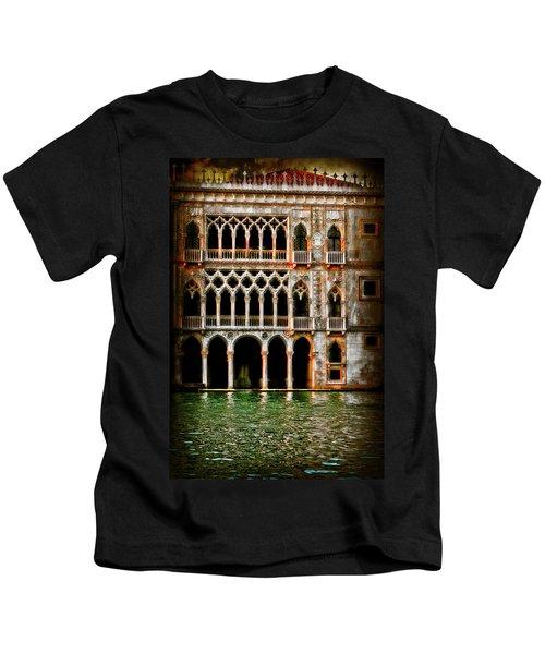 Venice Palace  Kids T-Shirt