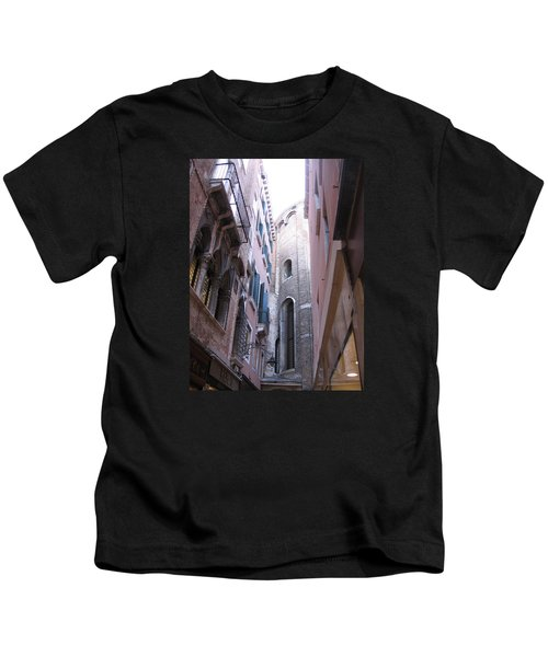 Vertigo In Venice Kids T-Shirt