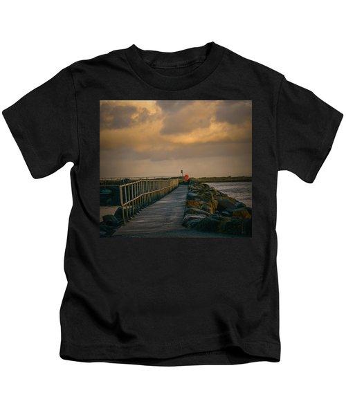 View At Staffin 1 #g9 Kids T-Shirt