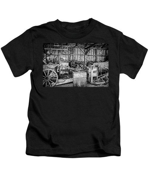 Vintage Farm Display Kids T-Shirt