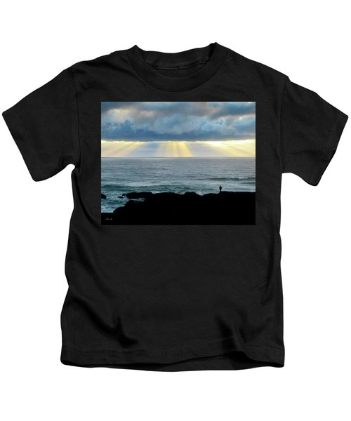 Waiting For The Rain. Kids T-Shirt