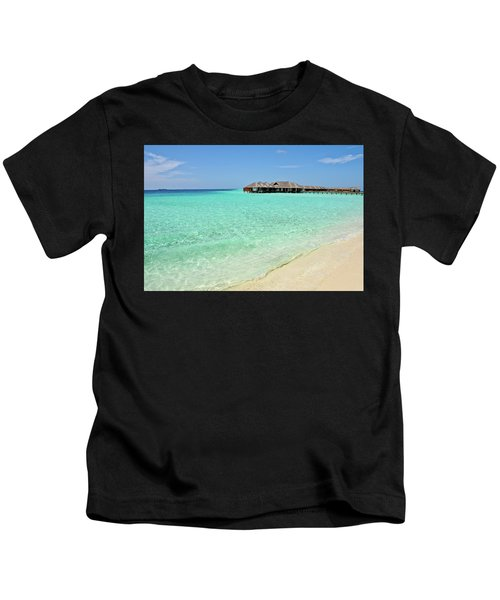 Warm Welcoming. Maldives Kids T-Shirt