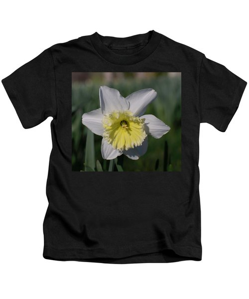 White And Yellow Daffodil Kids T-Shirt