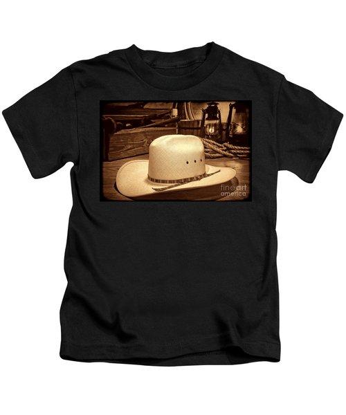 White Cowboy Hat In A Barn Kids T-Shirt
