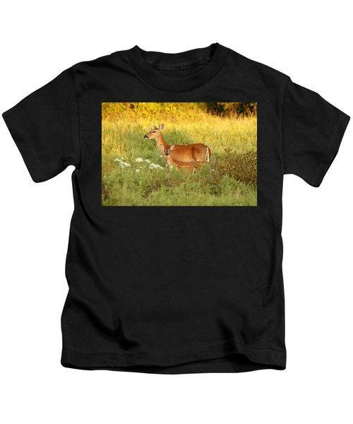 White-tail Doe And Fawn In Meadow Kids T-Shirt