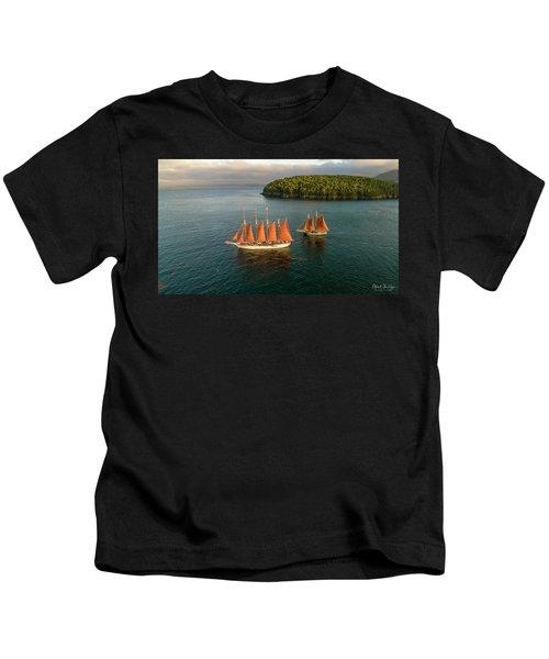 Windjammer Cruises  Kids T-Shirt