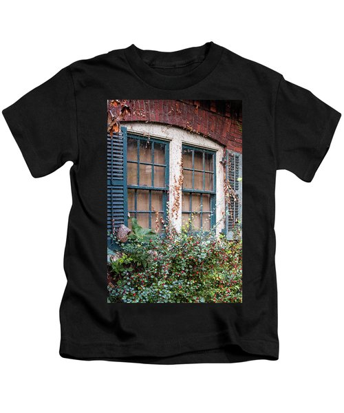 Window Scene Kids T-Shirt