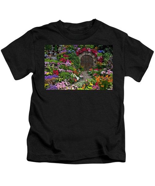 Wine Celler Gates  Kids T-Shirt