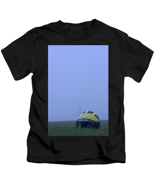 Wolverine Helmet On The Field In Heavy Fog Kids T-Shirt