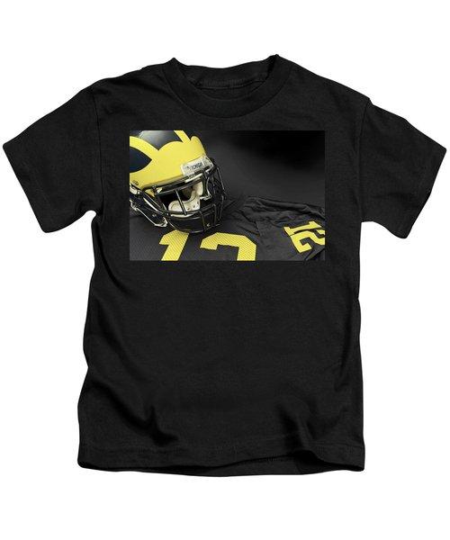 Wolverine Helmet With Jersey Kids T-Shirt