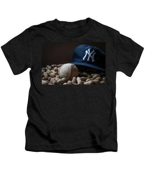 Yankee Cap Baseball And Peanuts Kids T-Shirt