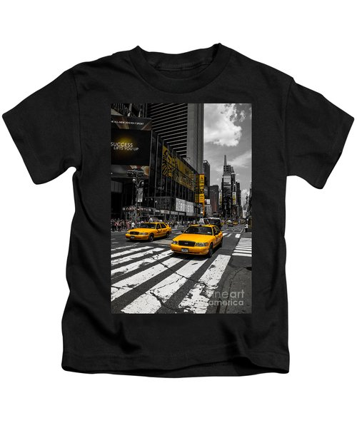 Yellow Cabs Cruisin On The Times Square  Kids T-Shirt