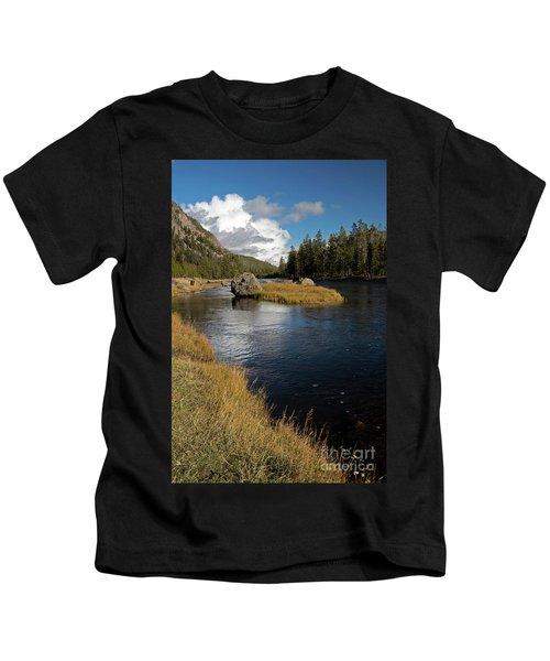 Yellowstone Nat'l Park Madison River Kids T-Shirt