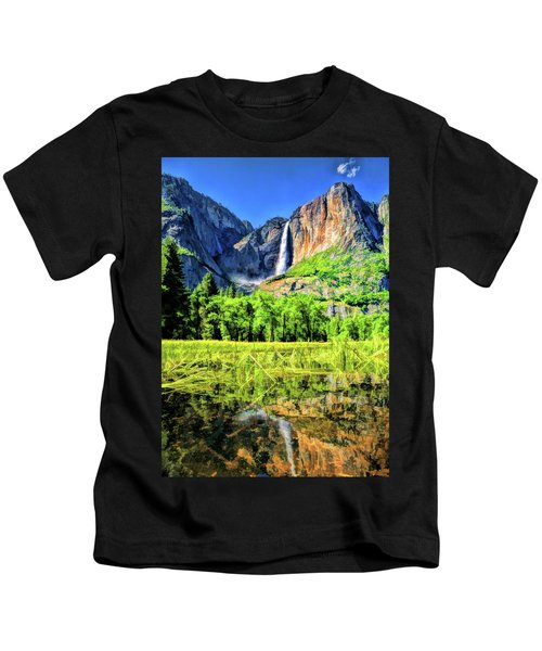 Yosemite National Park Bridalveil Fall Kids T-Shirt