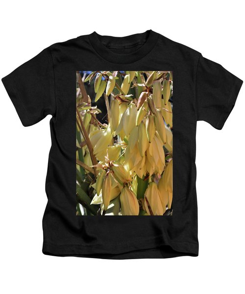 Yucca Bloom II Kids T-Shirt