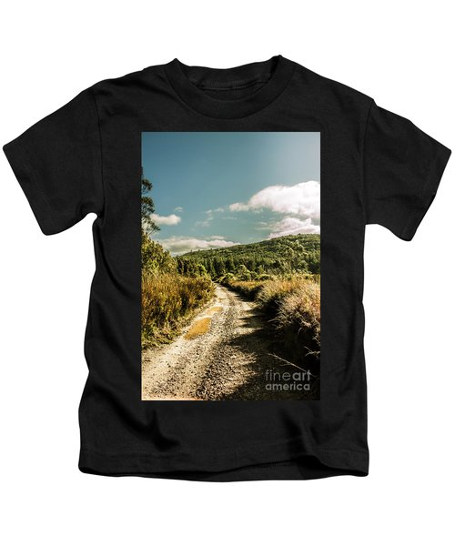Zeehan Dirt Road Landscape Kids T-Shirt